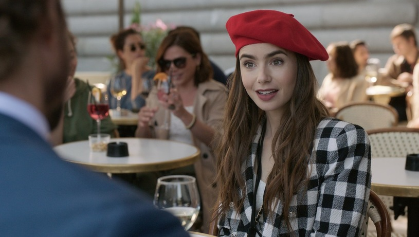 """""""Emily em Paris"""" (Foto: Reprodução/IMDB)"""