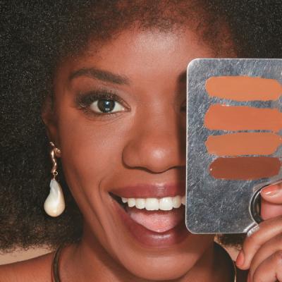 Marca lança sete cores de base para pele negra por R$ 59,90