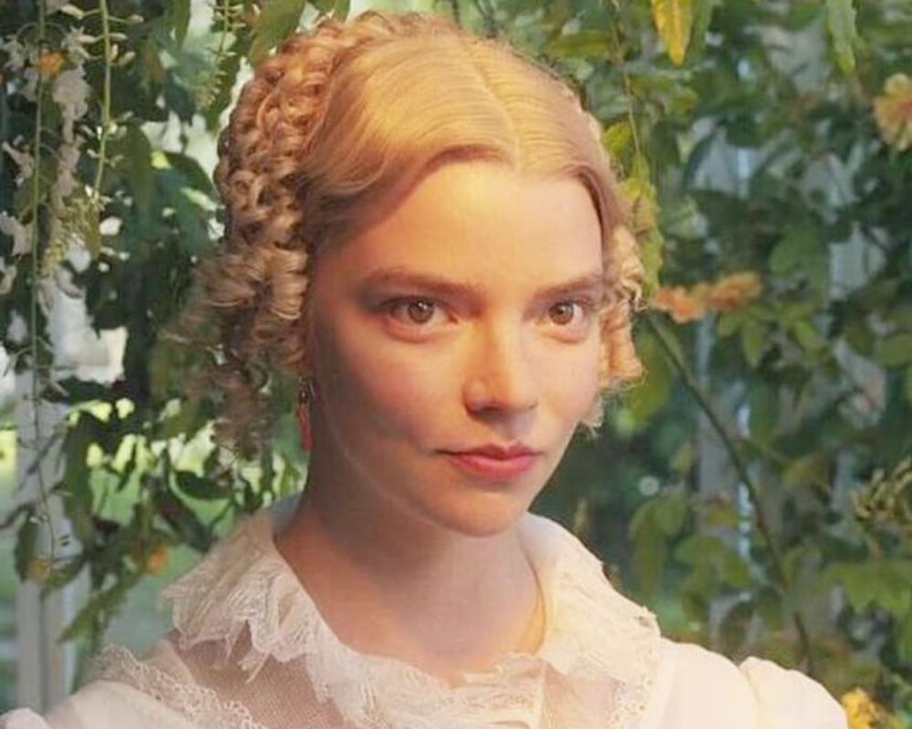 Anya Taylor-Joy como Emma (Foto: Reprodução/Instagram/@emmafilm))
