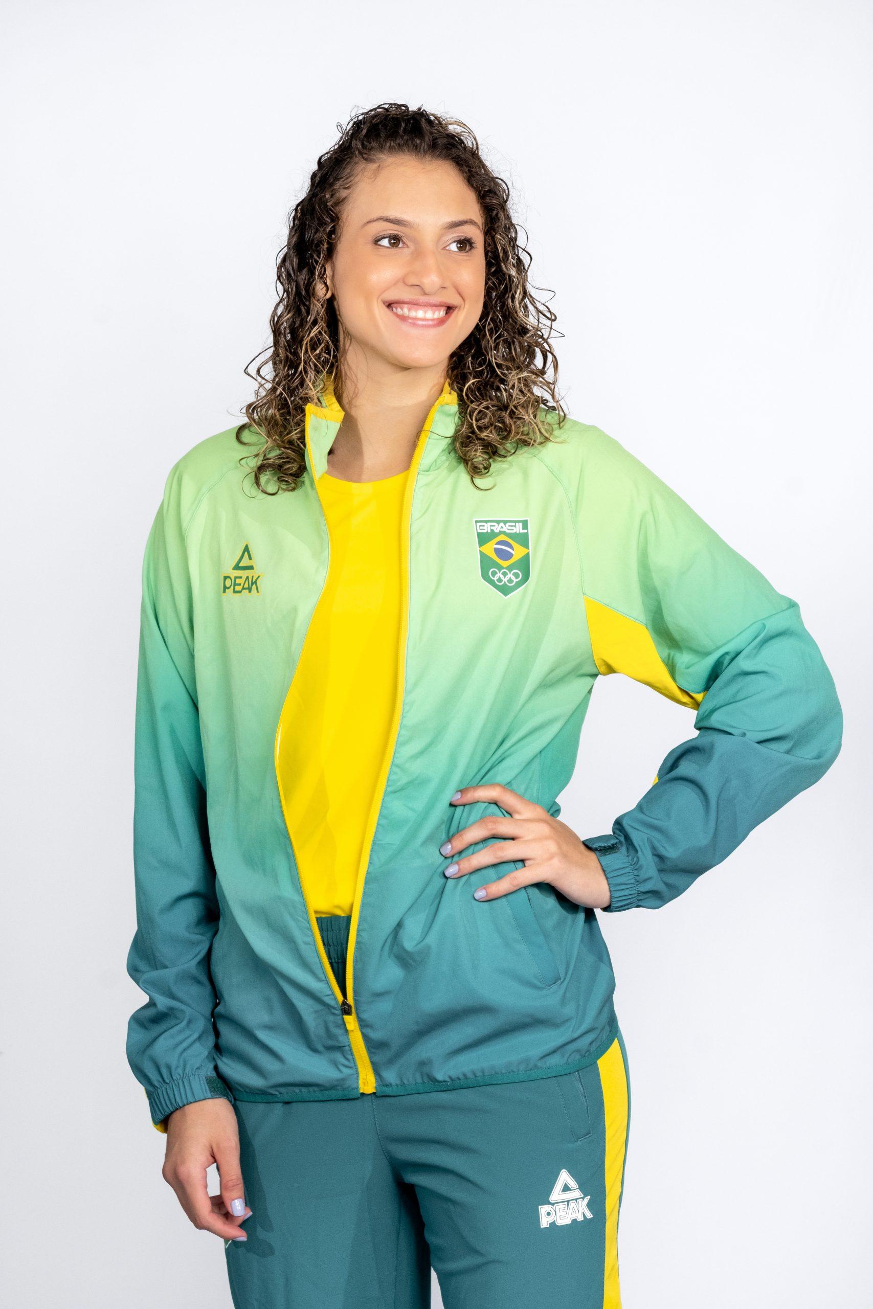 A atleta Milena Titoneli Guimarães durante apresentação dos uniformes do Time Brasil (Foto: Marcio Mercante/Divulgação)
